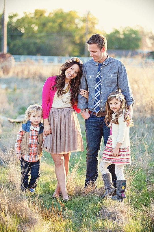 Danielle Aquiline Photography What To Wear For Family Photos